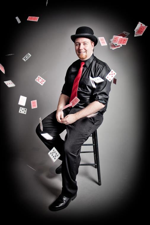 Toronto Strolling Magician Magic Matt